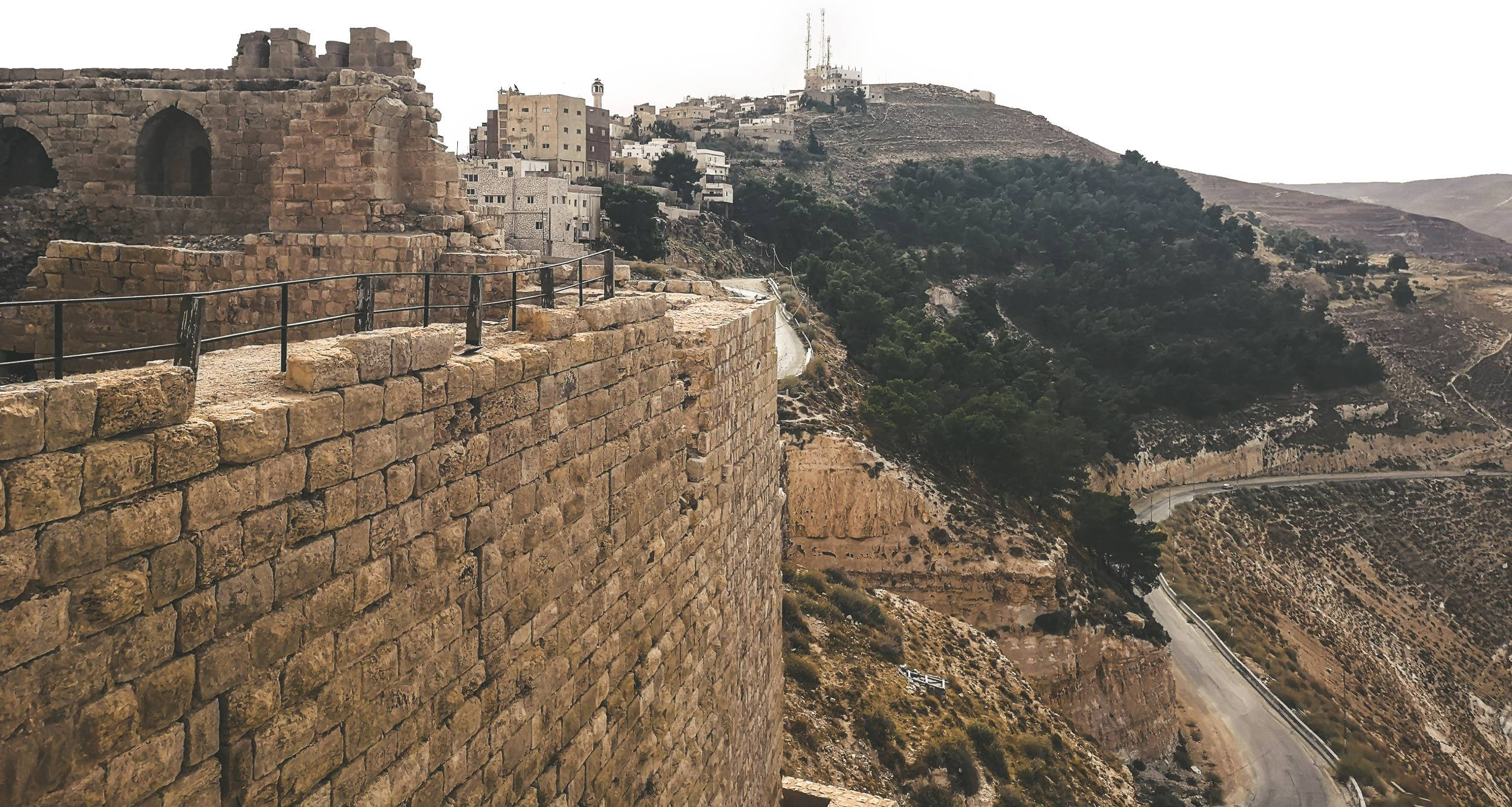 Al-Karak Castle was fortified so many times what it was made almost impenetrable. Photo by Alis Monte [CC BY-SA 4.0], via Connecting the Dots