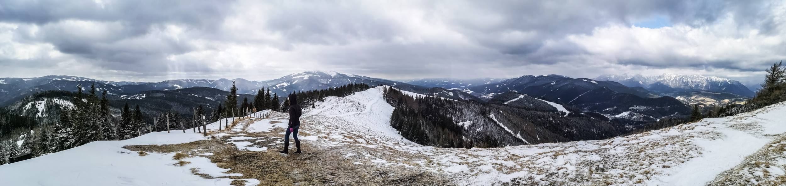 Panorama from in-between Sonnwendsteinn and Zauberberg Semmering. Photo by Alis Monte [CC BY-SA 4.0], via Connecting the Dots
